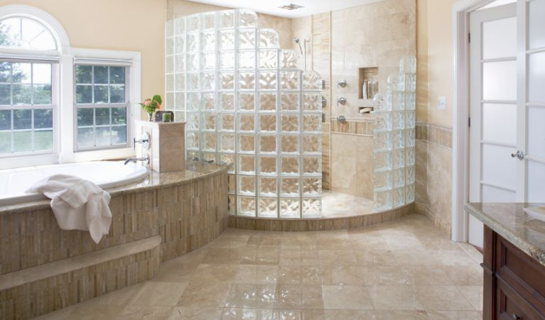 Glass Block Shower Provides Unique, Elegant Feel